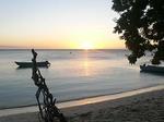 ヤサワ諸島 ナズラ島 ナロバ湾のサンセット
