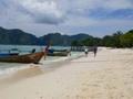 タイ正月ソンクラーンを島で!ピピ島ツアー船で島へ!