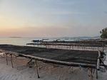 インドネシア マルク州 ケイ・クチル島 パサールパンジャン 日暮れの海岸
