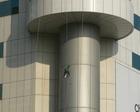 大連のビルの掃除職人4