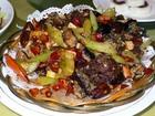 鴨の肝とカイコのカリカリ揚げの炒め物