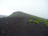 富士山 宝永火口から下山する下山口