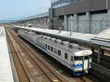 北陸を走る普通列車