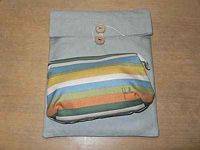 AX3のインナーケースは市販の帆布とシビラのポーチにしました。