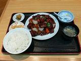 岩本町 中華 泰華の黒酢の酢豚