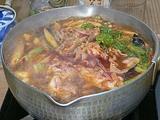 中国土産 火鍋の素で鍋 煮込んでいるところ