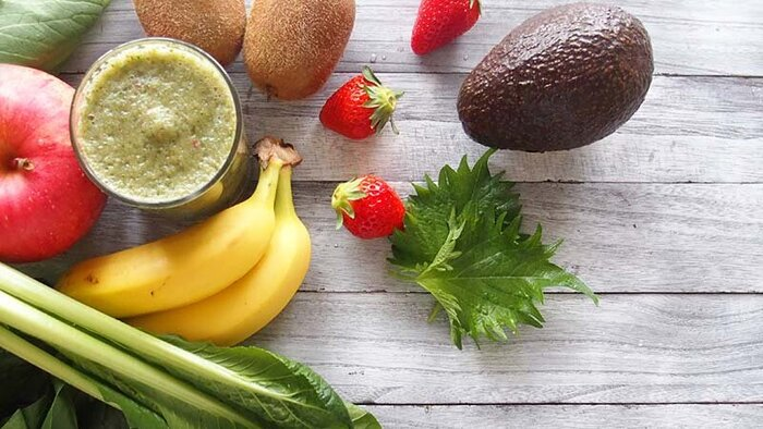 フルーツと野菜。健康的な食材のイメージ