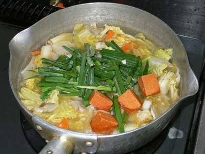 鍋キューブで作った豚キムチうどん