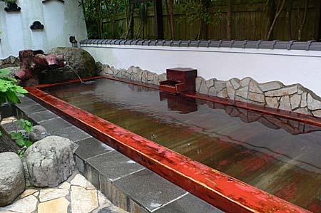 広沢寺温泉 玉翠楼の檜風呂