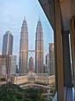 部屋から眺めたツインタワー