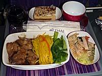 タイ航空クアラルンプール-バンコク機内食 鶏肉麺