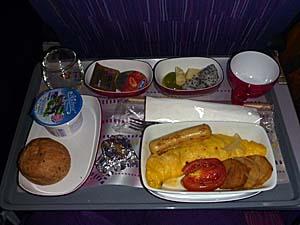 タイ航空 バンコク-成田機内食 洋食オムレツ