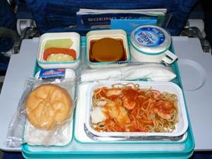 ガルーダインドネシア航空:デンパサール-ジャカルタ機内食