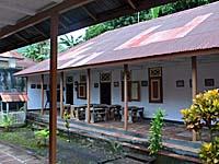 ハッタハウス内の学校