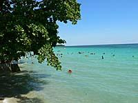 満潮の時のナセパ海岸