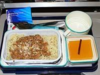 ガルーダ アンボン-マカッサル機内食