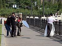 結婚記念写真を撮る人