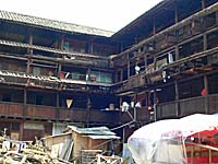 慶雲楼の内部