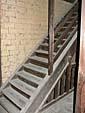 2階に上るための階段