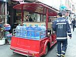 消防車は小型の電気自動車