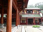 梵天寺の建物1