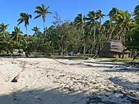 ロングビーチにある村