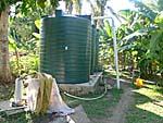宿に設置された給水タンクは村との共有品