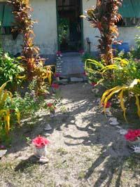 綺麗に飾られた玄関ポーチ