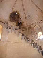 ラクシュミーナーラーヤン寺院の階段