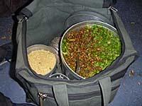 豆の売り子さんのバッグの中