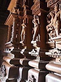 カジュラホの寺院の彫刻