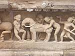 カジュラホの寺院の彫刻:有名な獣姦のもの