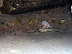 霊鷲山の洞窟(岩陰)