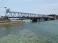 ラングールとトゥアルを結ぶ橋