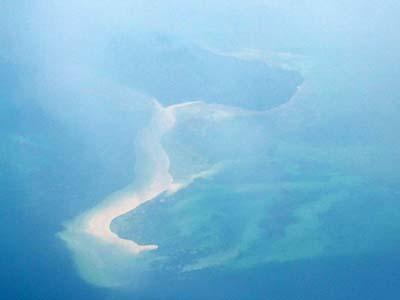 機上から見下ろしたスネークアイランド