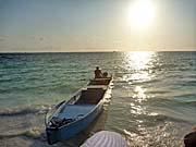 ボートツアーから戻ったら夕暮れ近くなっていた