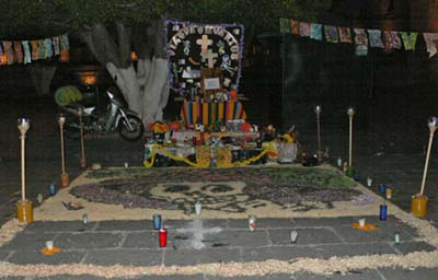 死者の日の祭壇:モレーリア
