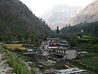 最終停車地のガーサ村