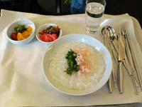 ビジネスクラス(韓国食):おかゆ