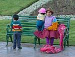 アルマス広場で見かけた家族