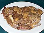 子牛のステーキ。キノコクリームソース