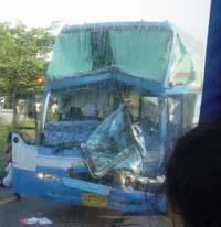バス事故2