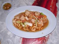 エビとカシューナッツの炒め物、タマリンドソース