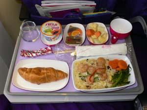 タイ航空BKK-NRT機内食3