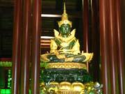 エメラルド寺院のエメラルドの仏像