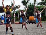 民族舞踊レストランの踊り子の踊り2