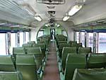 鈍行列車の座席