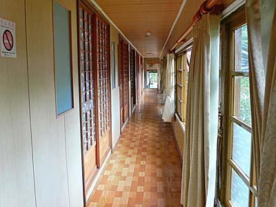 花蓮紅葉温泉の廊下:日本にいるみたい