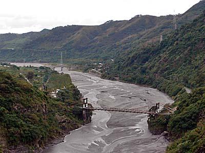 台東県鹿野郷の渓谷
