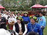 新郎新婦と花嫁の行列